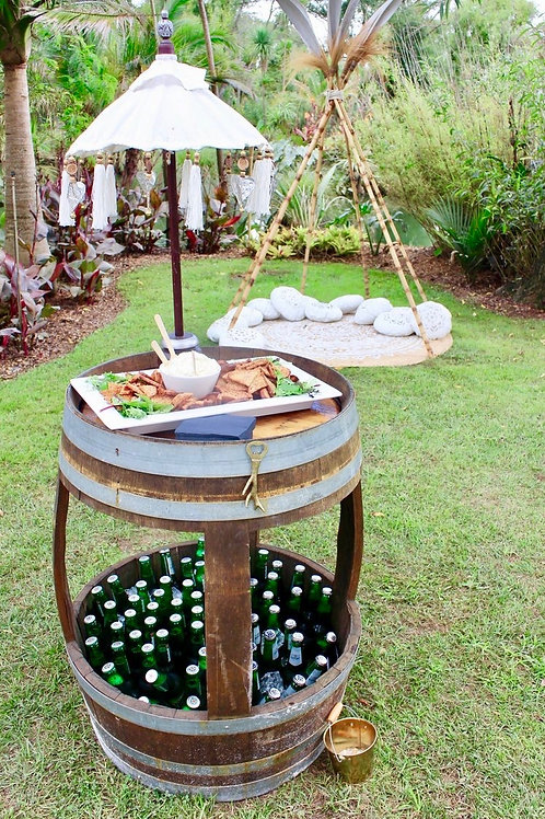 Wine barrel bar leaner