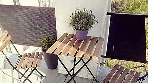 Unbeatable Records - kuřácký balkón