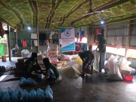 Live Rohingyah Food Packing