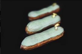 eclair pistachio.jpg