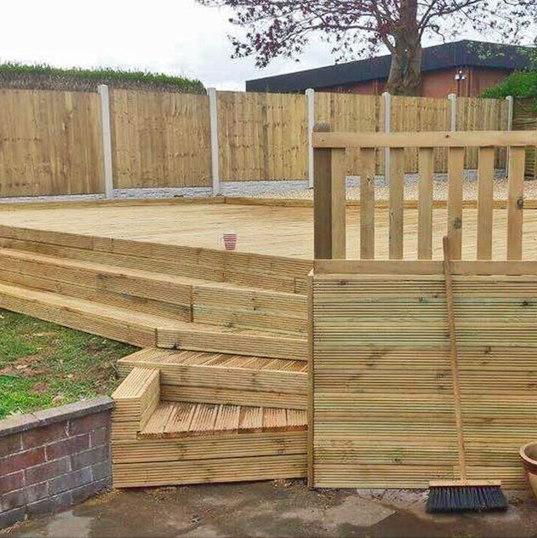 Timber-Decking-Stoke3.jpg
