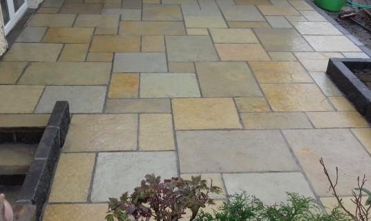 Limestone_step_patio-700x320.jpg