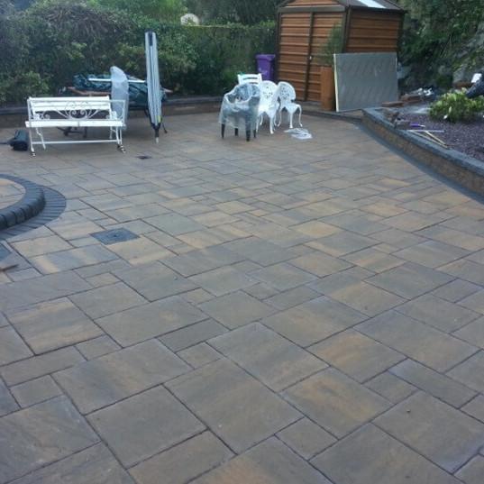 28308-paved-patio-880137071ff68d00cadb78