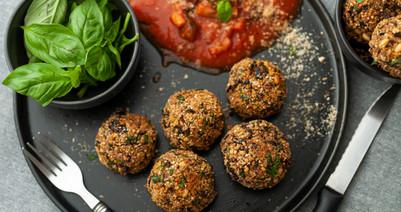 Quinoa & black beans NO-meatballs Gluten free - V