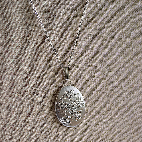 Flower of the Month Pewter Pendant - February