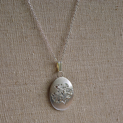 Flower of the Month Pewter Pendant - August