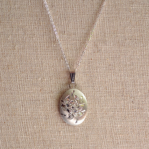 Flower of the Month Pewter Pendant - March