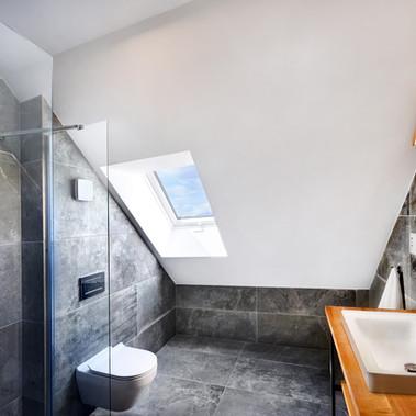 Apartmány Maladinovo - podkrovná kúpelňa