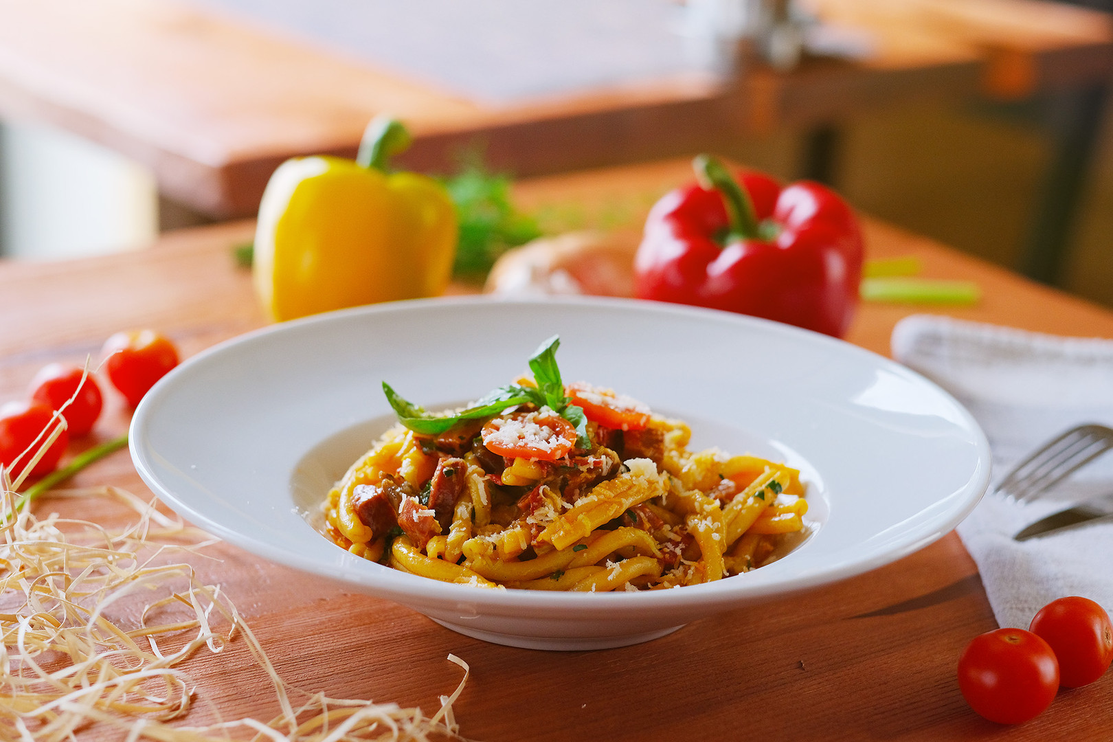 5. Cestoviny s hubami, talianskou klobásou (Saliccou) a syrom Peccorino