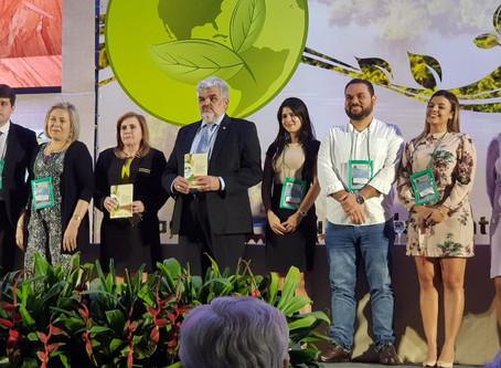 Coletânea de artigos científicos do TCE-AM tem trabalho de professores da Faculdade Dom Bosco