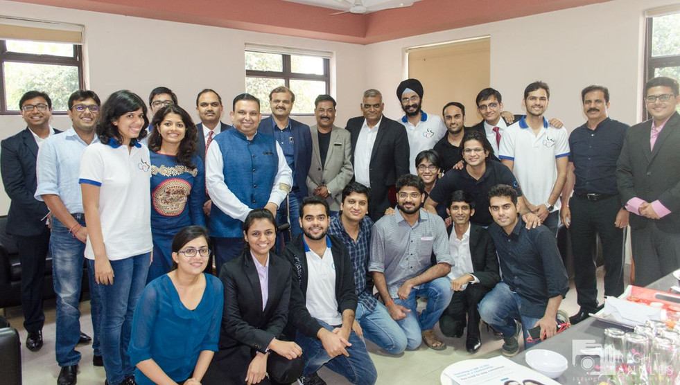 Nivesh 2017 speakers, Dr. Ajay Garg and Team Credence