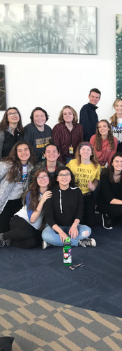 ThesCon Troupe Photo 2018