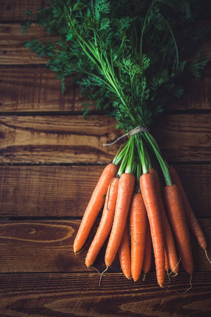 Photographie culinaire - récolte de carotte du potager