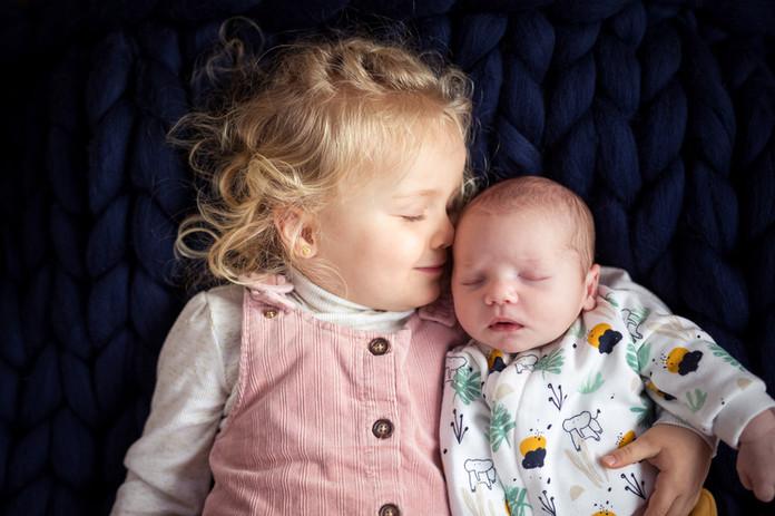photographe nouveau-né doué en Anjou