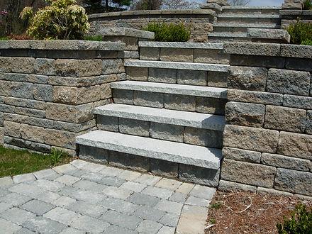 steps_granite_treads.jpg
