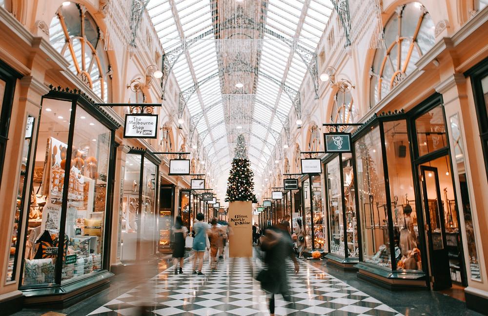Holiday retail marketing