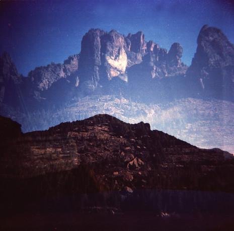Montañas_doble.jpg