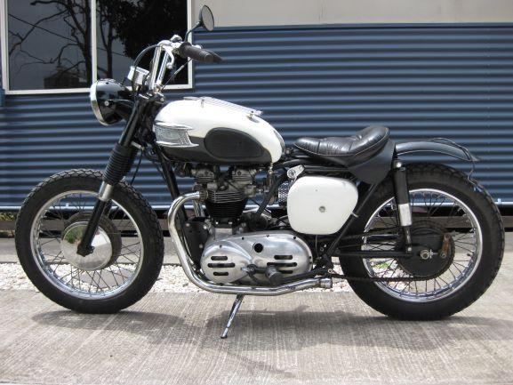 black and white bobber 001.JPG