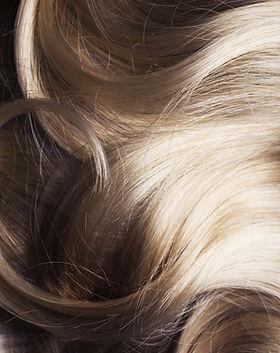 blont hår
