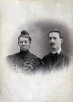 Adolphe and mother, Chana Wender