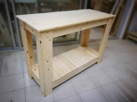 Walkway table