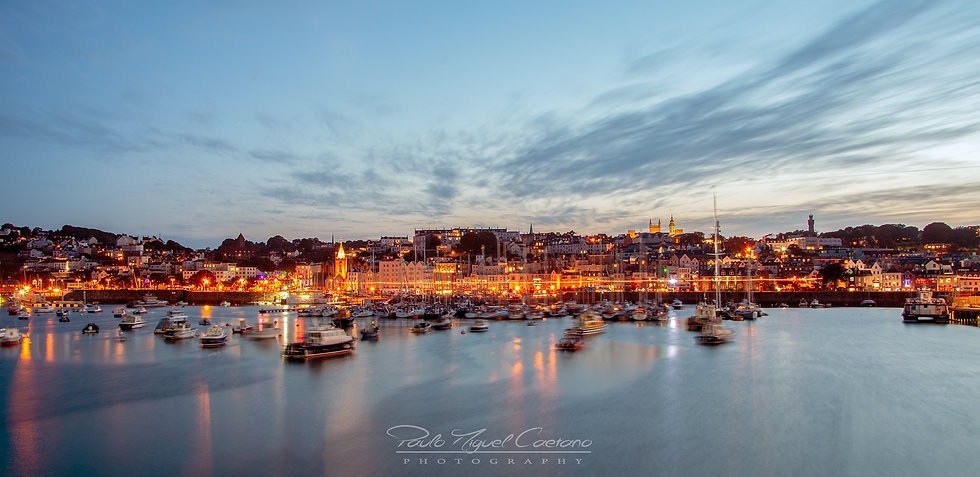 (Canvas) Saint Peter Port Seafront in Autumn - Guernsey (PCO0114)