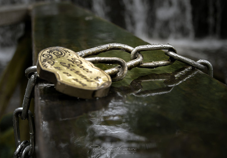 (Rolled) An Engraved Lovers Lock (PMC3444)