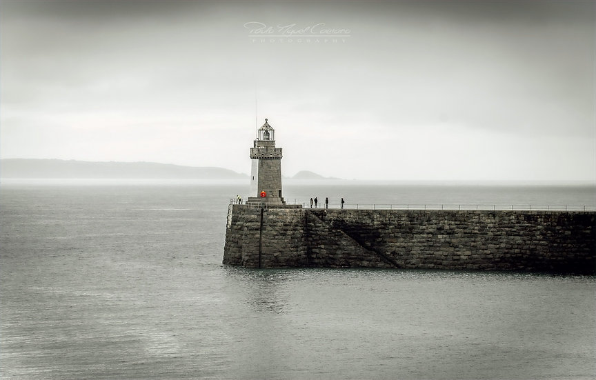 (Canvas) The Lighthouse Meeting - Saint Peter Port - Guernsey (PCO5036)