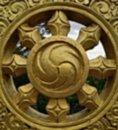 statue-symbol-metal-material-circle-scul