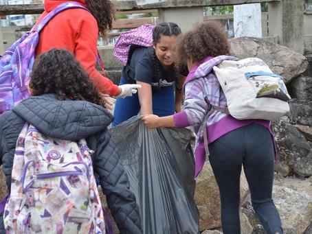 David Soares apoia ação de limpeza na praia de São Vicente