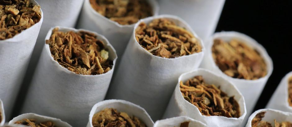 Cigarrillos de Tolosa a cambio de cigarros, como concienciación, en el Día Mundial contra el Tabaco