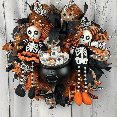 Mr and Mrs Skeleton Wreath