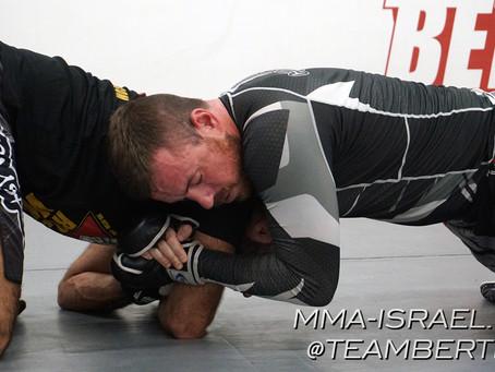 אימוני MMA - חניקת אנקונדה