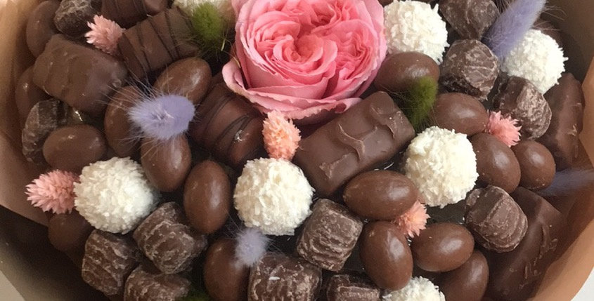 Sweet chocolate with rose