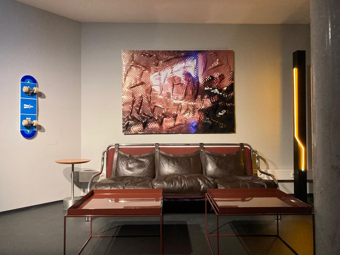 Commission by Tappan Collective for the AppleMusic Studios at Soho House Berlin.
