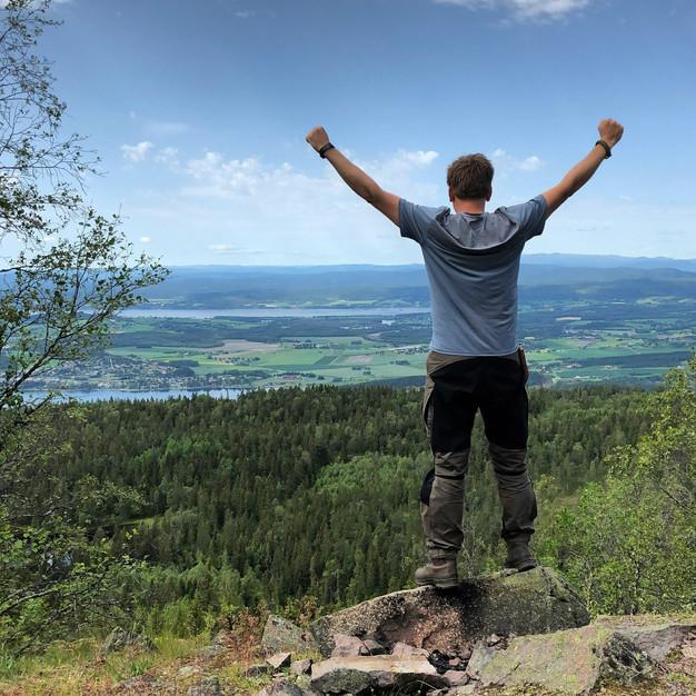 Vaellus kotiovelta Oslon lähialueiden kauneimpaan paikkaan 56km/53h