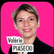 """Valérie PIASECKI, 41 ans, responsable d'un organisme de formation en sport. """"Actuellement Conseillère Municipale, je souhaite pour la prochaine mandature, je souhaite m'occuper en tant que déléguée, du sport et de la jeunesse aux côtés de Laurent Bresson et Eliane Gomez""""."""