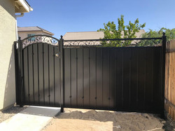 Side Gate (2)