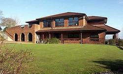 Golf Clubhouse, Kilsyth
