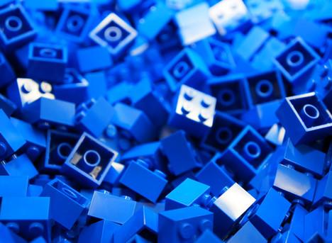 5 Secrets Behind the LEGO Social Media Success