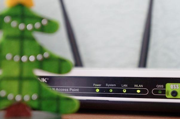 Netwerkinstallaties - draadloos en bekabeld - Paulissen IT Solutions