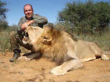 LION BOTS 2010 1592-3491.jpeg