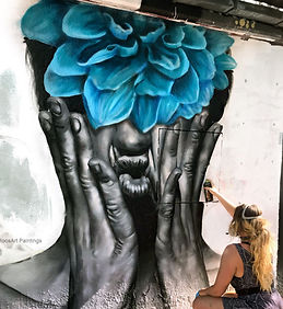 Hands off the wall Vienna 2019 002.jpg