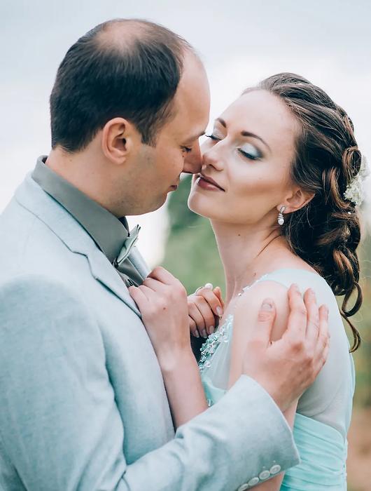 Natalia Tschischik Hochzeitsfotograf Kassel und Nordhessen, Brautpaar Shooting im Feld