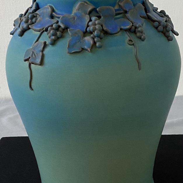 碧い葡萄の花器(陶芸)