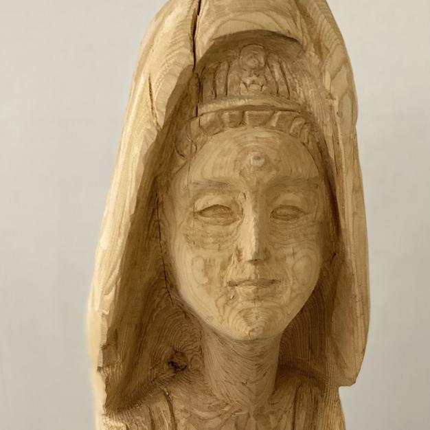 女神(木彫)