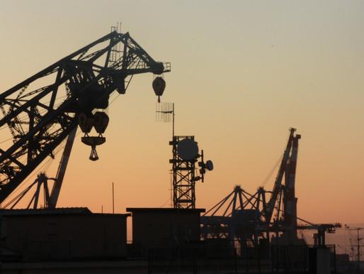 Precios del petróleo WTI y Brent pierden 7% ante aumento de casos de Covid-19