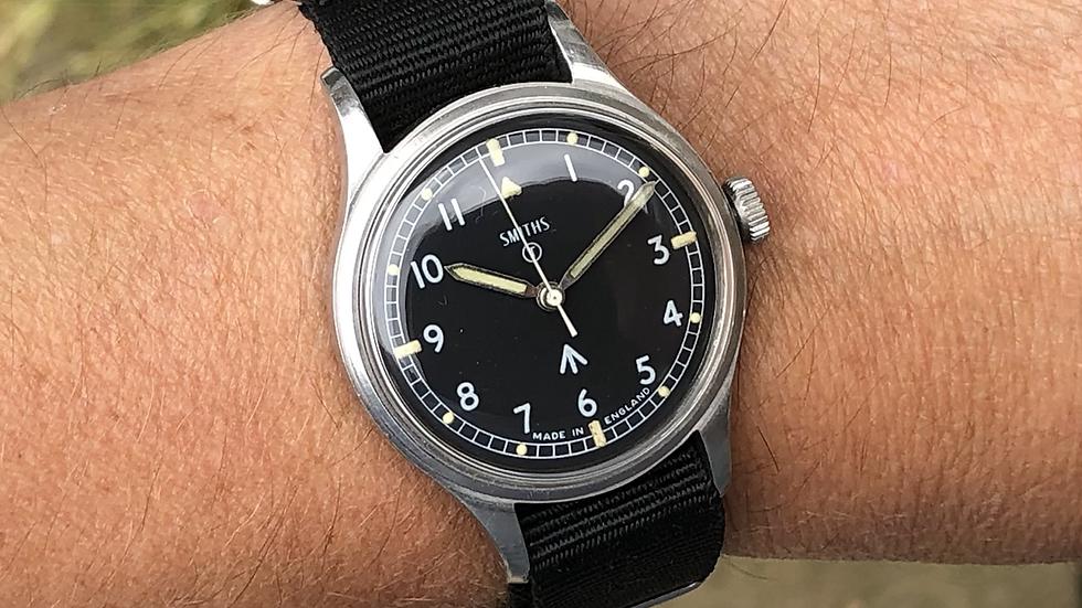 Smiths W10 1970 Military Watch