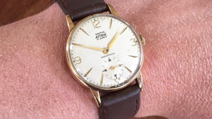 Smiths Astral T507/S 1962 9ct Gold Watch