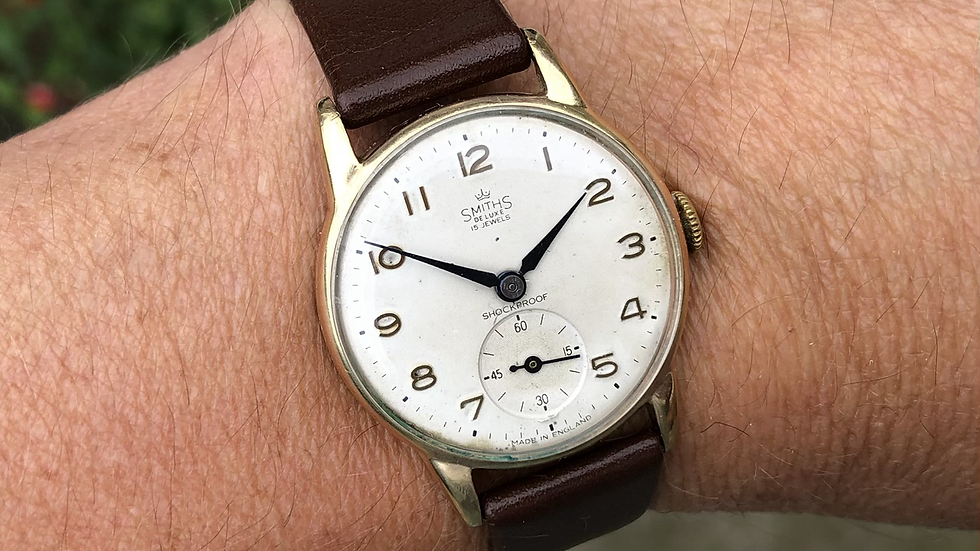 Smiths Deluxe 1960s 9ct gold watch